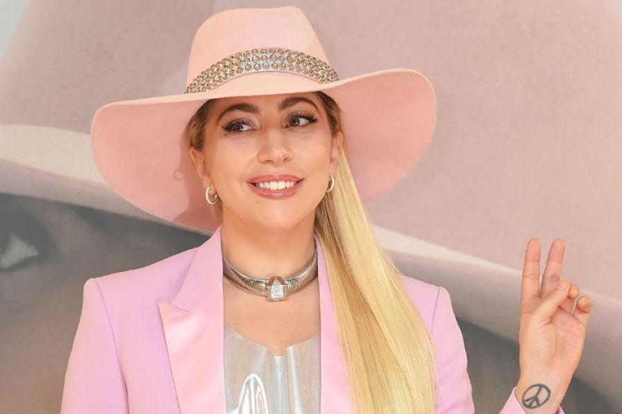 5829dbb751a Οι ισχυροί πόνοι αναγκάζουν την Lady Gaga να σταματήσει την περιοδεία της,  24Sports & News